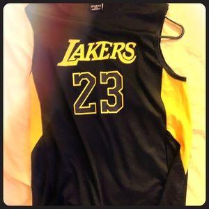 Black and yellow Lebron laker jersey